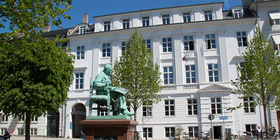 AVT Business School midt i København